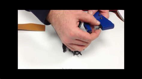 cuir pour recouvrir chaises deco cuir démo pour poser un bouton pression