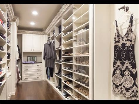 small walk in closet ideas for small places