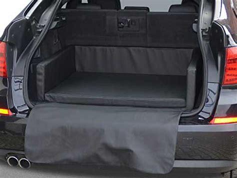 hunde sicher im auto transportieren garantiert sicher