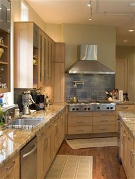 best kitchen paint colors with maple cabinets photo 21 maple cabinets paint colors