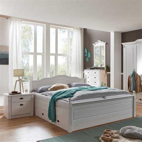schlafzimmer einrichtung vicenza im landhaus design