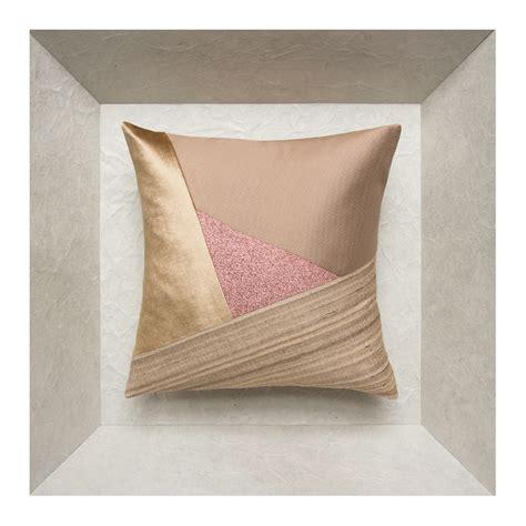 coussin de decoration pour canape coussin déco design les coussins made in de maison