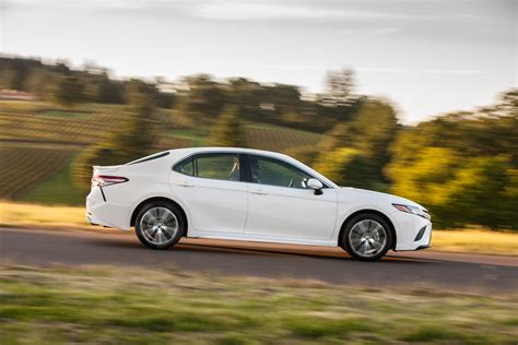 2019 Toyota Camry Deals Prices Incentives Leases