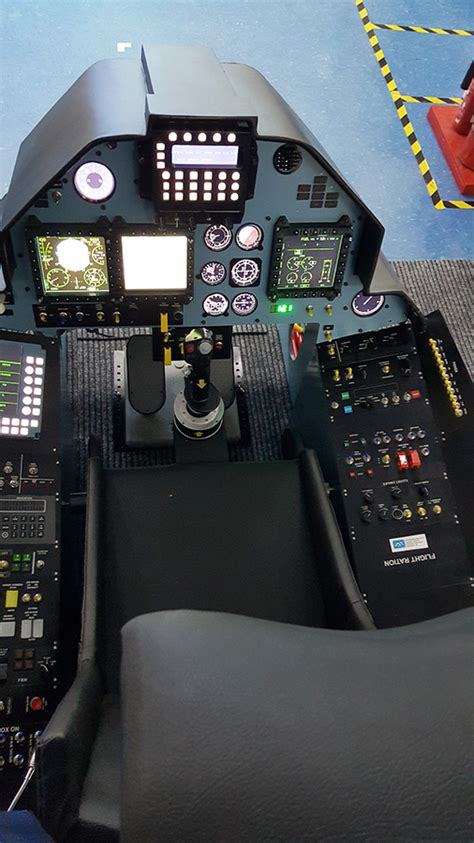 fully functional su  sukhoi  cockpit simulator