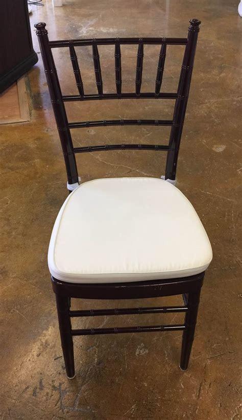 mahogany chiavari wedding chair rental iowa city cr qc ia