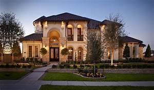 Luxury, Home