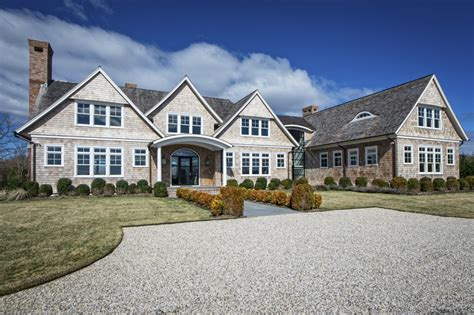 hamptons  multimillion dollar house   teardown