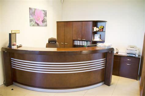 Biroja mēbeles. Augstumā regulējami galdi   SIA