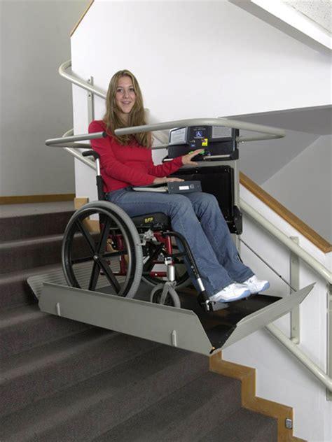 pedana disabili montascale porta carrozzine per disabili pedana per disabile