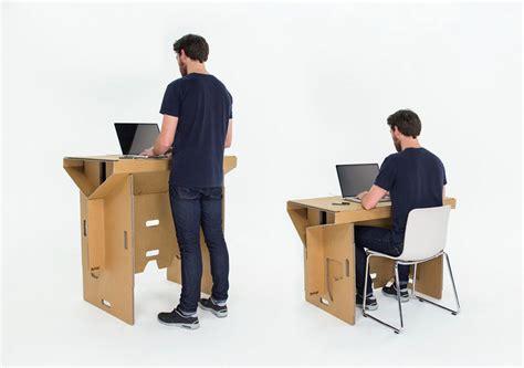 mettez votre chaise de bureau au placard travailler