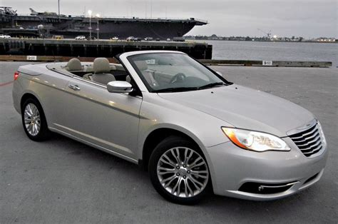 2011 chrysler 200 convertible drive photo gallery
