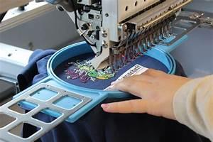 Servietten Besticken Lassen : t shirt besticken lassen in der stickerei stickerei textilfuxx ~ Sanjose-hotels-ca.com Haus und Dekorationen