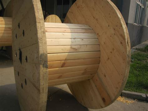 large empty wooden cable spools  sale  ruiming