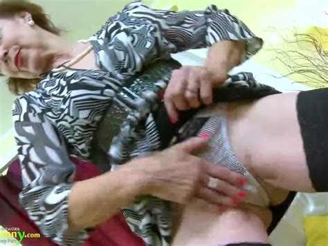 Oldnanny Hot Horny Grandma Seductive Striptease Free