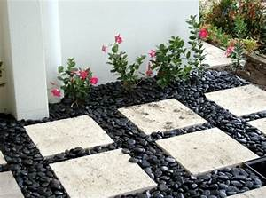 pierre pour jardin decorer son jardin avec de la pierre With pierre pour allee de jardin