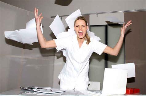 siege de bureau les infirmiers se mobilisent pour être enfin écoutés