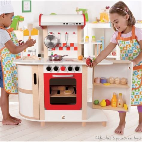 cuisine mcdo jouet cuisine en bois jouet dinette en bois pour faire un