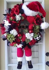 1000 ideas about Santa Wreath on Pinterest