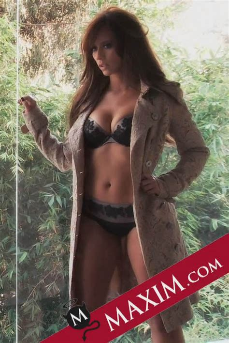 xplosion  awesome maxim loves hewitt