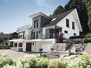 Einfamilienhaus Hanglage Planen : einfamilienhaus mit hanglage architektenhaus von ~ Lizthompson.info Haus und Dekorationen