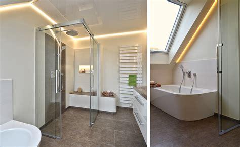 Kleines Schmales Bad Unter Dachschräge by Sch 246 N Kleines Schmales Bad Unter Dachschr 228 Ge