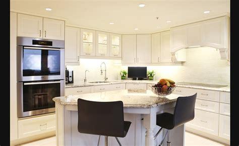cuisine armoires blanches tout en blanc nouvelle cuisine design