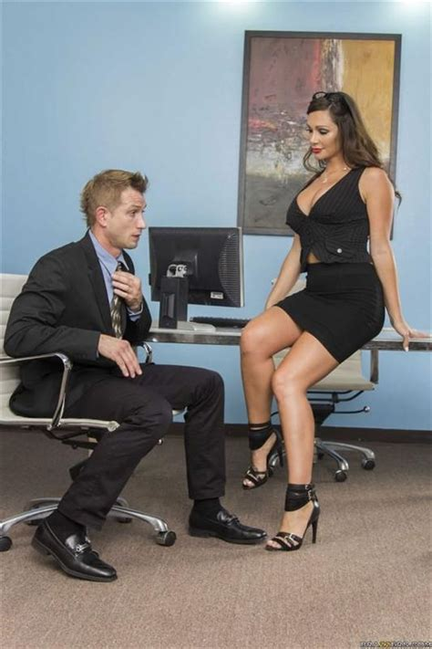 Seducing The Office Intern Oral Older Woman Younger Man