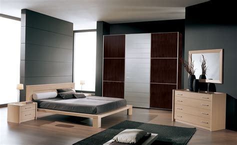 Bedroom. Decorating Ideas In Small Bedroom With Modern