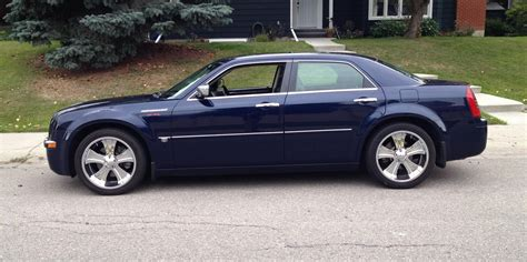 2006 Chrysler 300 Touring Signature Sedan 4d