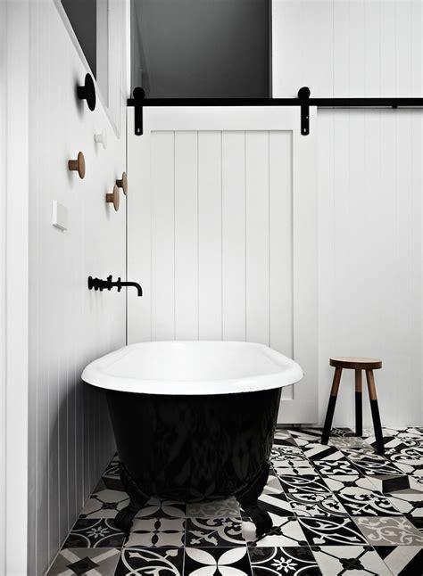 Kleine Und Moderne Badezimmer Mit Badewanne by Kleine Und Moderne Badezimmer Mit Badewanne Freshouse
