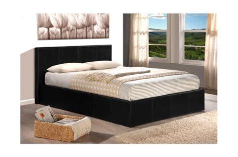 deco chambre lit noir lit coffre 140x190 noir avec sommier lit design pas cher