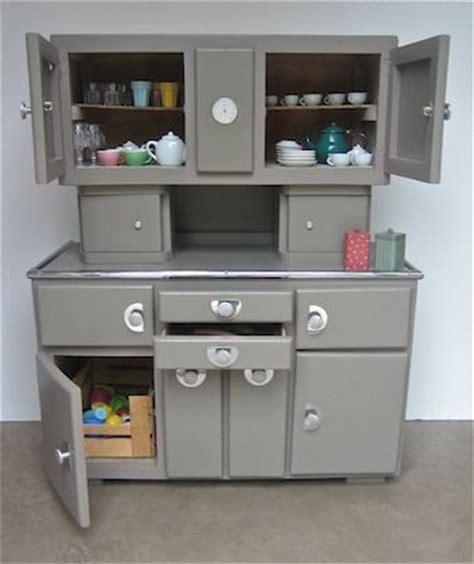 cuisine vintage 馥s 50 cuisine cuisine retro annee 50 1000 idées sur la décoration et cadeaux de maison et de noël cadeaux et cartes