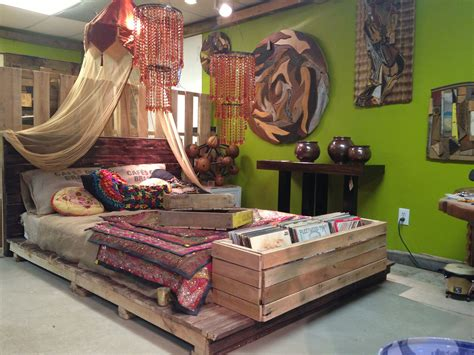 pallet queen platform bed  green palette store