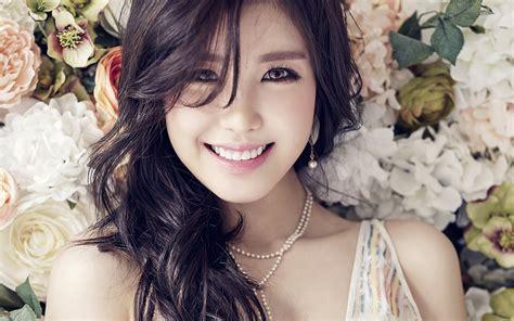 ho flower girl kpop hyosung asian smile wallpaper