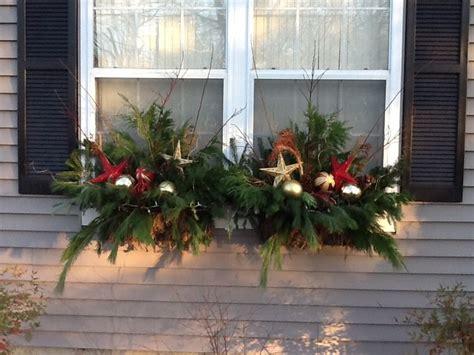 Window Box Christmas Decorating Ideas Elitflat