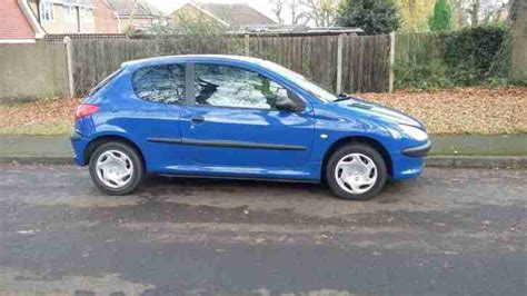 peugeot little car peugeot 2003 206 low mileage 3 door 1 1 long mot great