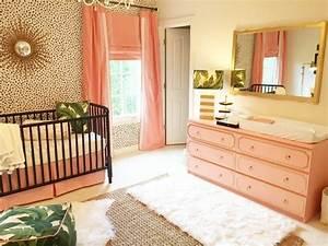 miroir chambre bebe fille chaioscom With déco chambre bébé pas cher avec achat fleurs plantes