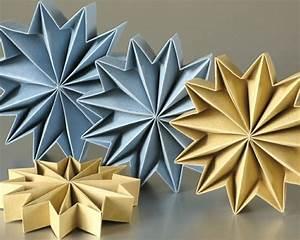 Papiersterne Basteln Anleitung : sterne basteln f r weihnachten mit origami anleitung ~ Lizthompson.info Haus und Dekorationen