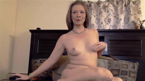 Erotic Mature Goddess Robin With Sexy Smile Masturbates