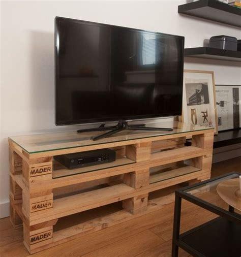 fascinating ideas   original pallet tv stand