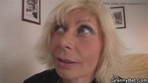 Blonde Woman Gets Her Old Pussy Slammed 2 🤩