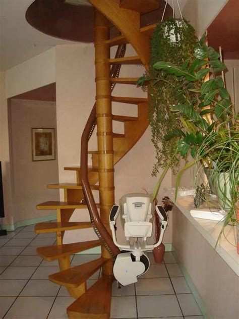 siege escalier siege monte escalier occasion bande transporteuse caoutchouc