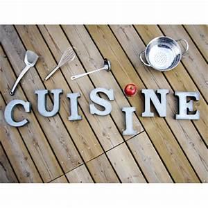 deco cuisine lettre exemples d39amenagements With lettre decorative pour cuisine