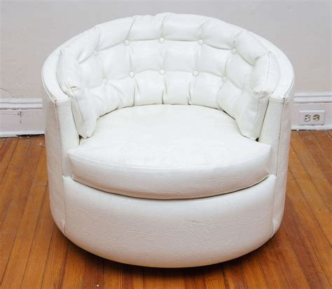 pair of milo baughman swivel tub chairs for sale at 1stdibs