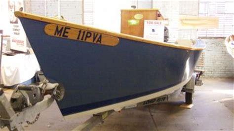 lumber yard skiff  maine boat builders show  board