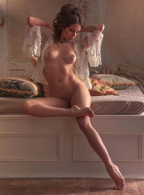 Chiara Arrighi Nude Sexy Photos TheFappening