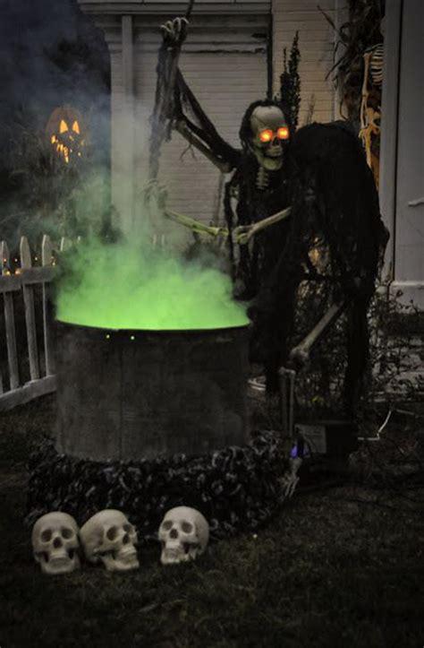 dark outdoor halloween decorations homemydesign