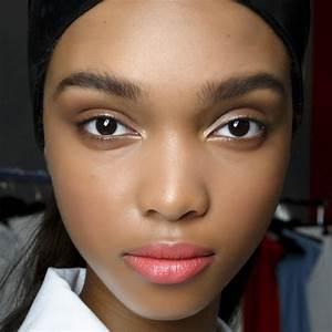 Teint De Peau : peaux noires bien choisir son fond de teint elle ~ Melissatoandfro.com Idées de Décoration