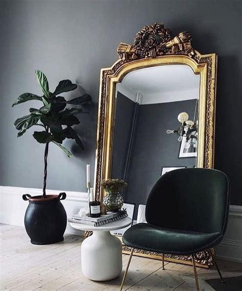 spiegel im wohnzimmer gro 223 er spiegel im wohnzimmer evtl weniger kitschig