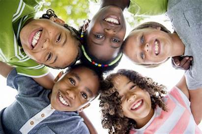 Smiling Children Huddle Dentist Camera Dental Down